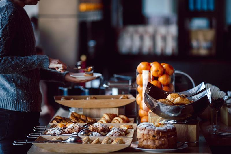 desayuno en hotel buffet